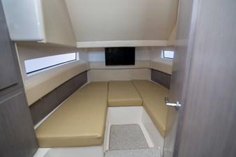 52 Gulf Stream 2020 9 Cabin