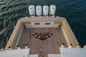 52 Gulf Stream 2020 18 Cockpit