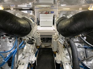 BANDIT 17 Engine Room