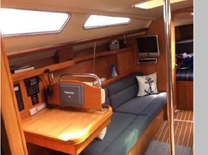 Quisqueya  7 Quisqueya  2007 HUNTER 38 Cruising Sailboat Yacht MLS #271319 7