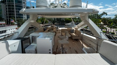 Splashed Out 6 Splashed Out 2010 SUNSEEKER  Motor Yacht Yacht MLS #271342 6