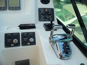 MARIKA 40 Helm Outboard