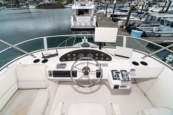 LET'S PLAY TWO 47 4087_Bayliner-47
