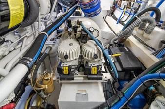 DR. DARK 70 Engine Room