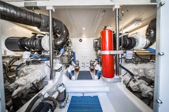 Summer Thunder  46 Engine Room
