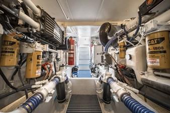 Summer Thunder  48 Engine Room facing Aft