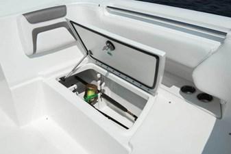 World Cat 296DC Dual Console 24 296dc-interior-017-1024x684