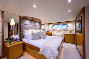 LIVING THE DREAM 14 Master Stateroom