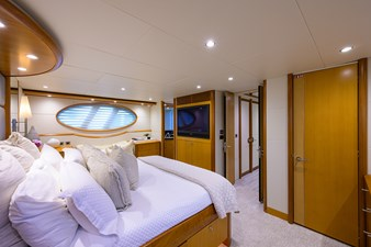 LIVING THE DREAM 15 Master Stateroom