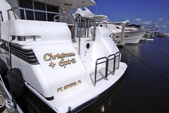 Christmas Spirit 94 7886091_20210524104730954_1_XLARGE