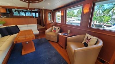 Loungeitude 8 Salon Wide