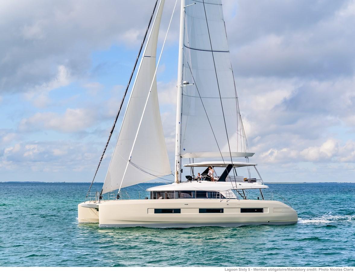 navigation-chase-boat-ncz8815-a3-1