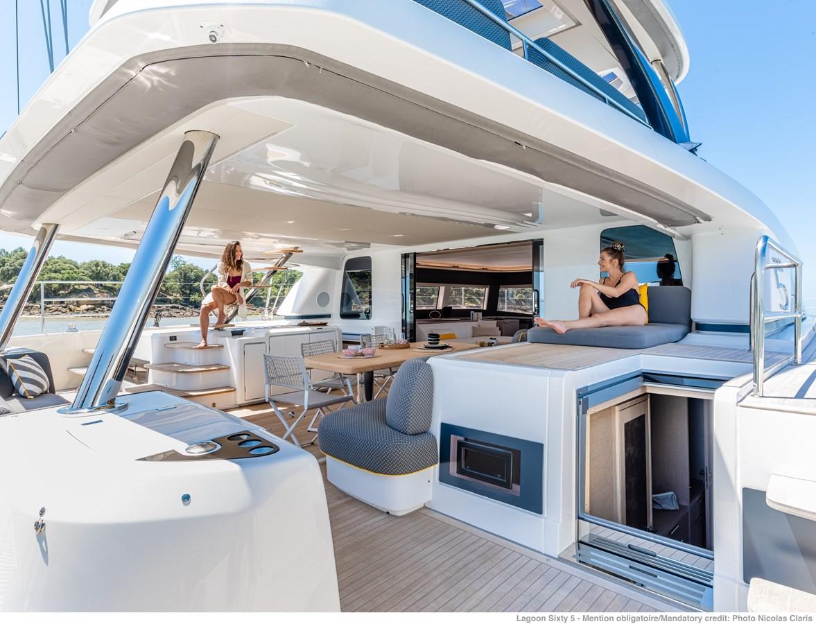 cockpit-lifestyle-ncz10750-a3-1