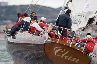 CLAN 2  3 clan_cruising2