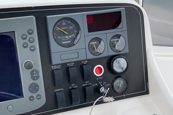 NO HURRY  30 Starboard Helm Console