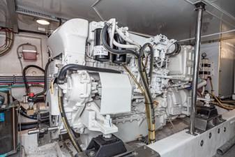 NO HURRY  47 Port Engine
