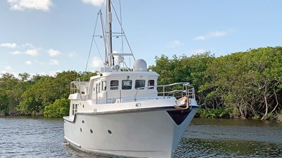 Migrator 1 1 Nordhavn-40-Migrator-1-JMYS-Trawler-Listing1-IMG_0475