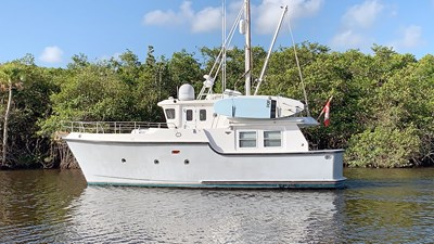 Migrator 1 2 Nordhavn-40-Migrator-1-JMYS-Trawler-Listing2-IMG_0467