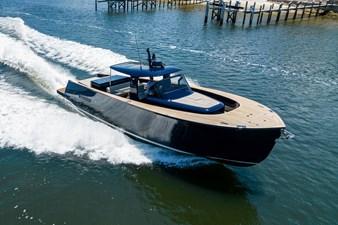 MERLIN 1 Starboard Bow Running