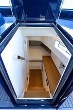 MERLIN 18 Cabin Entrance