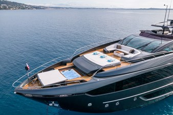 RIVA DOLCEVITA 110 2 Drone - lady first (14)