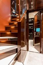 RIVA DOLCEVITA 110 13 escalier