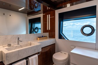 RIVA DOLCEVITA 110 17 SDB vip cabin