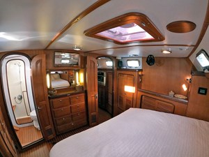 MYSTIC 7 Aft Cabin, Looking Fwd.