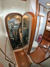 MYSTIC 22 Engine Room Access