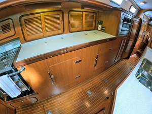MYSTIC 18 Galley, Outboard