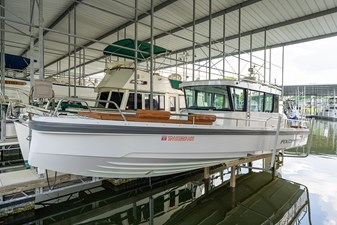 - 31 Port bow profile