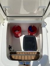 - 24 Storage under the folding seat