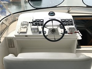 56' 1999 Navigator  18 FB Helm dash