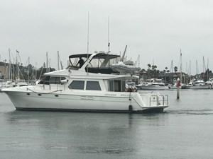 56' 1999 Navigator  4 OTW port aft profile