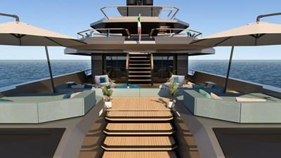 FL42 18 FL42_42_2023_main deck