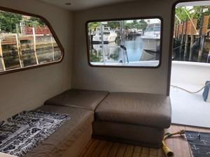 - 4 5_1964 34ft Hatteras Trunk Cabin