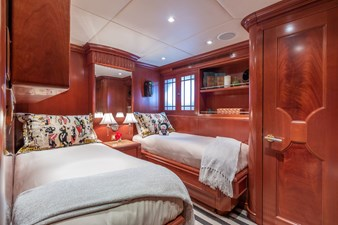 HAVEN 23 Twin Stateroom w/ Pullman