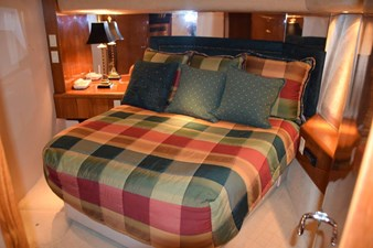 DITCH DIGGER 16 Master Stateroom
