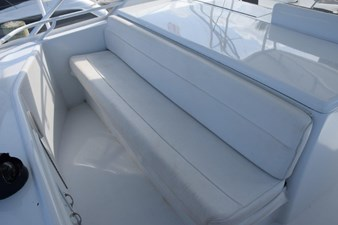DITCH DIGGER 39 Flybridge Side Bench Seating