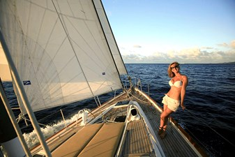 ENCORE 14 Foredeck