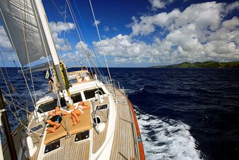 ENCORE 17 Sailing