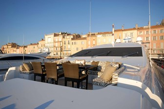 African Cat 26 27 Foredeck Seating 1