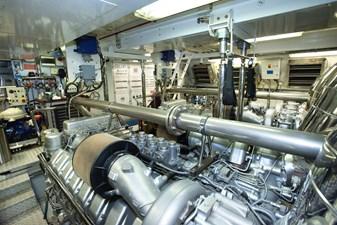 African Cat 29 30 Engine Room