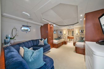 1989/2018 Benetti 151 MY Lady S 36 guest stateroom