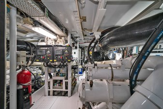 1989/2018 Benetti 151 MY Lady S 51 engine room