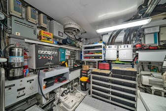 1989/2018 Benetti 151 MY Lady S 46 engine room