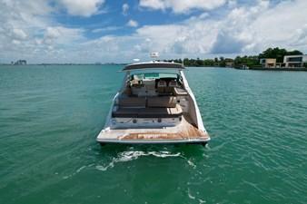 Sea Ray SLX 400 8