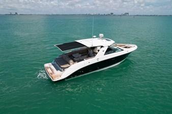 Sea Ray SLX 400 9