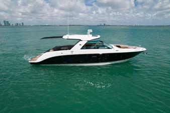 Sea Ray SLX 400 10