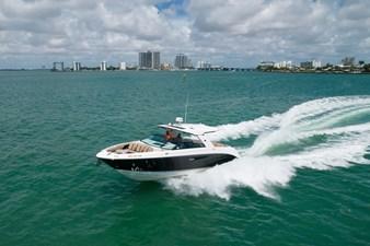 Sea Ray SLX 400 14